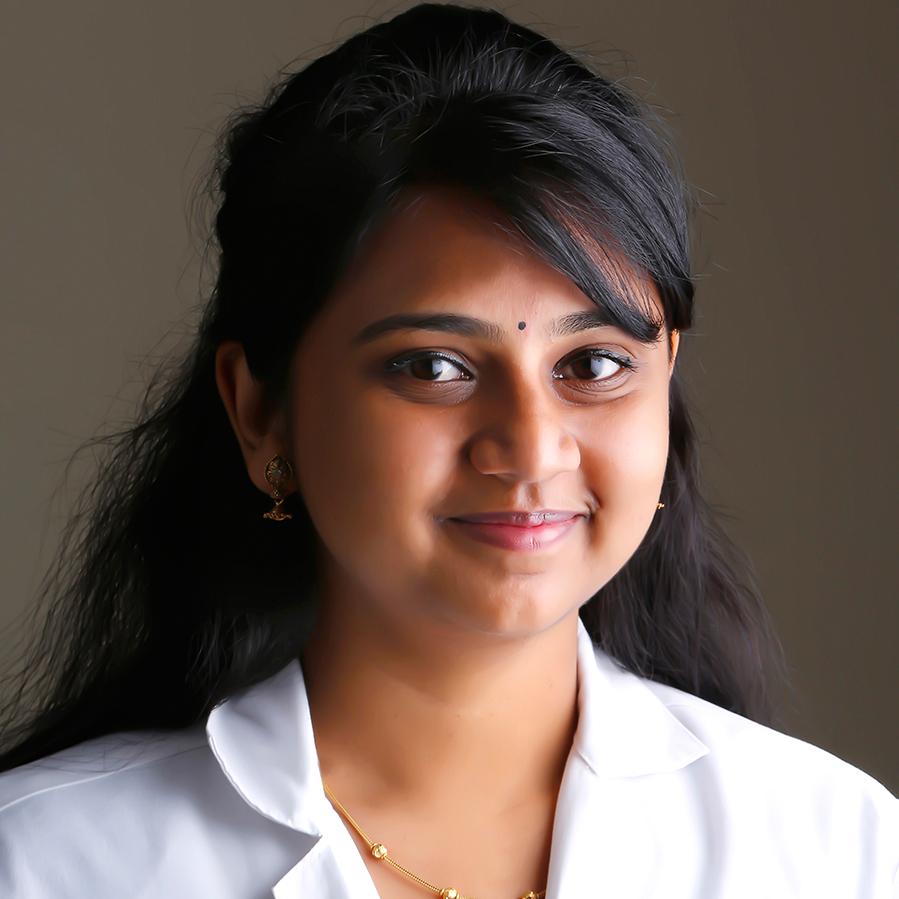 http://pearlsdentistry.in/wp-content/uploads/2015/11/Dr.-Divyapriya.S.jpg
