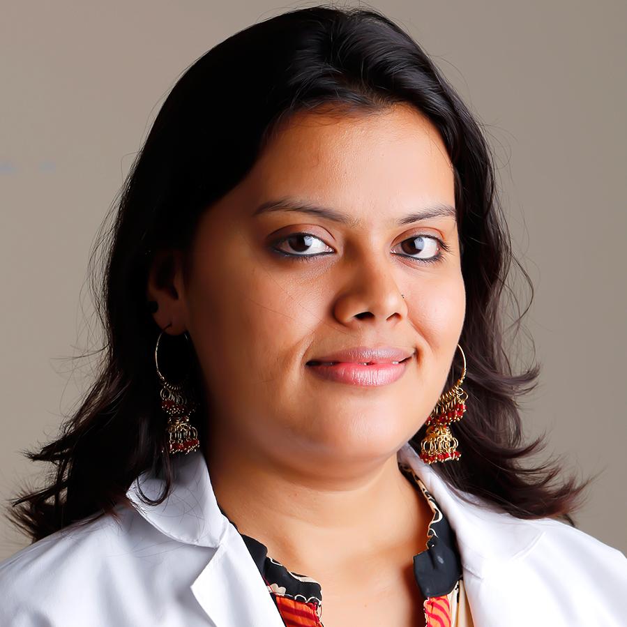 https://pearlsdentistry.in/wp-content/uploads/2015/11/Dr.-Mangla-Chaturvedi.jpg